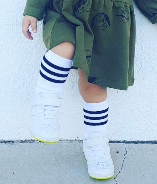 OOVY Kids White Stripe Socks