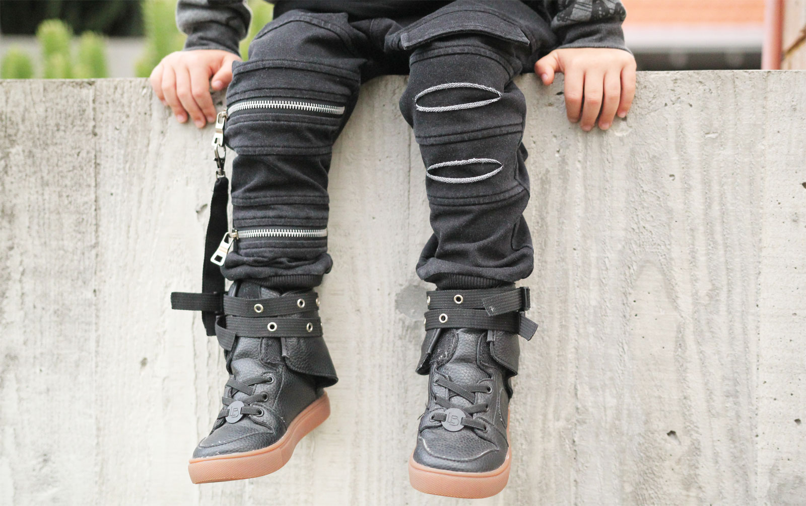 OOVY Kids Black Acid Wash Joggers